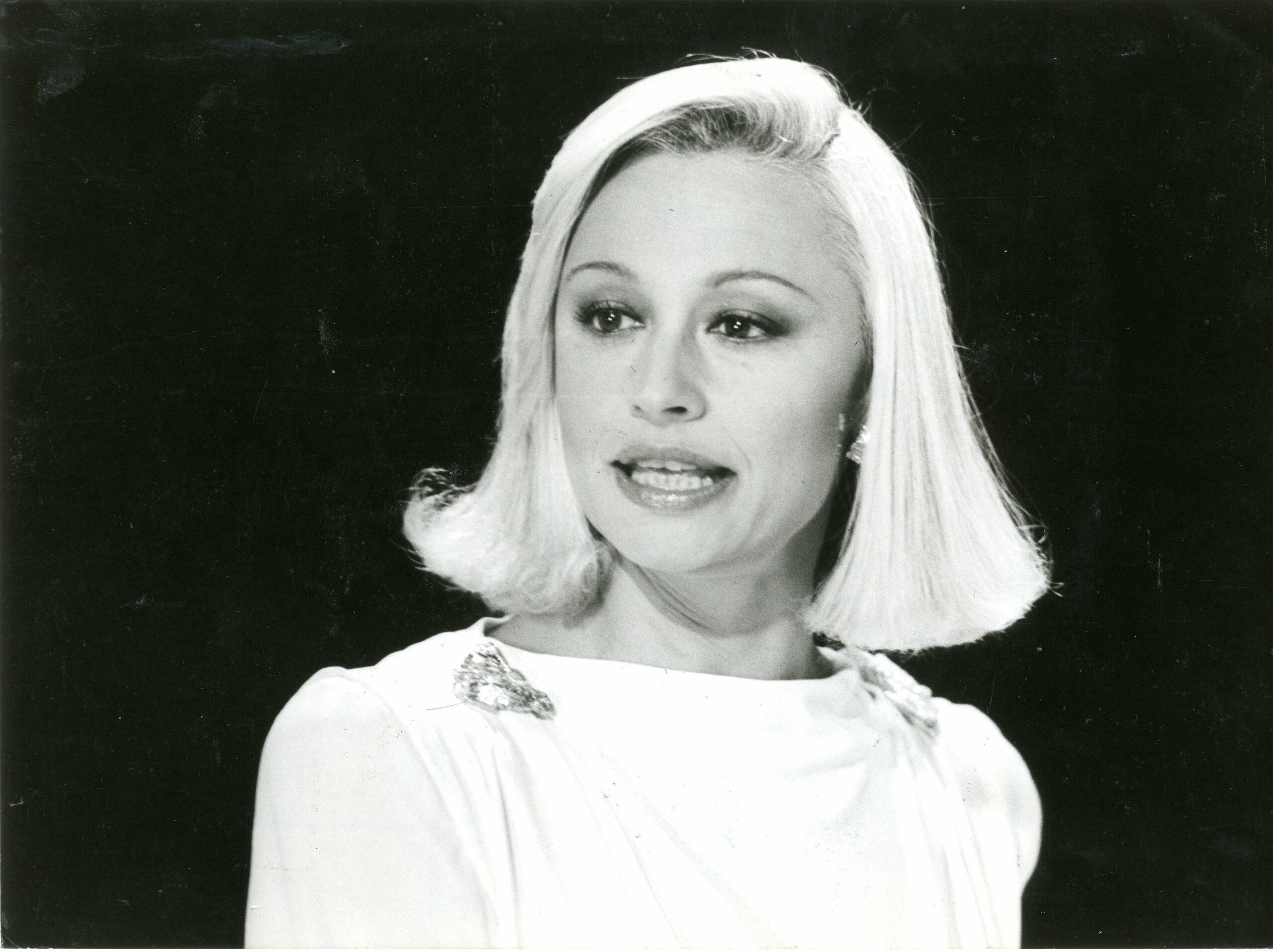Raffaella Carrà, 1987